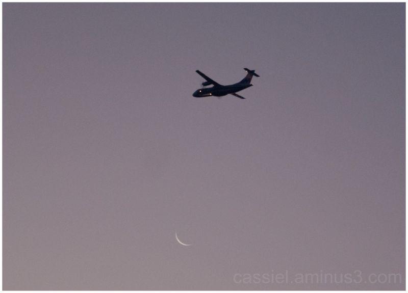 Luna, avión, aeromar
