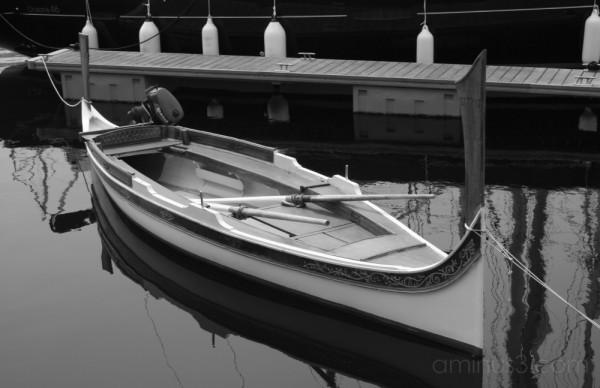 Boat in Vittoriosa Marina