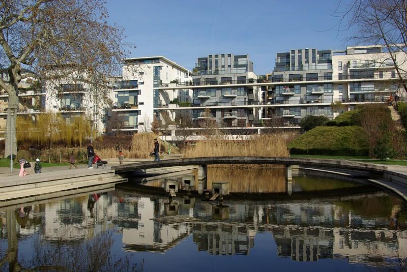 Habitation au bord du Parc de Bercy à Paris