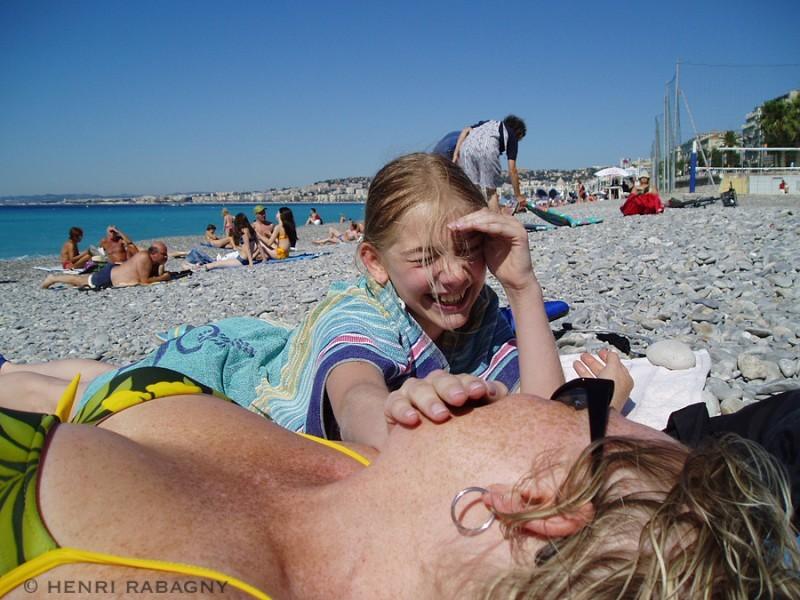 Vacances sur la plage de Nice.
