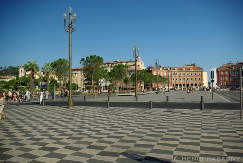 Nice, la nouvelle place Massena