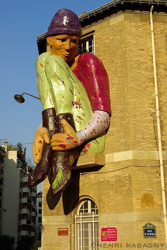 Lutin géant rue d