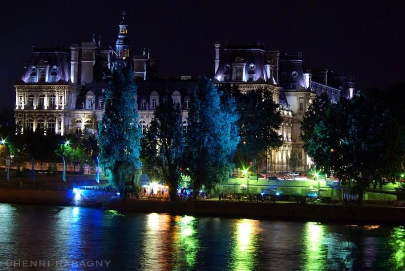 L'Hôtel de Ville de Paris pendant Paris Plage