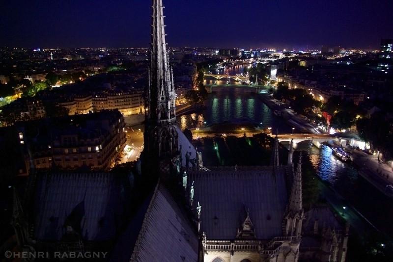 Paris la nuit, Notre Dame