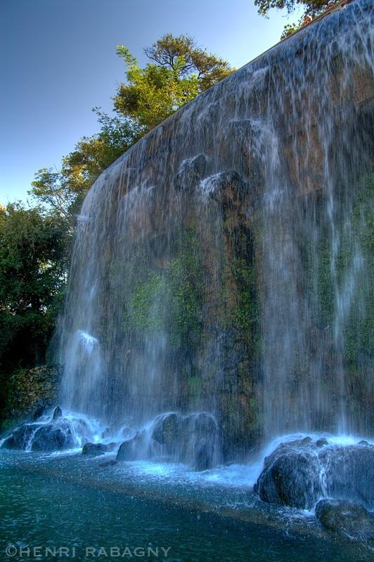 Nice, la cascade du château en HDR