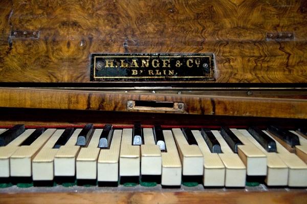 Piano Lange réformé
