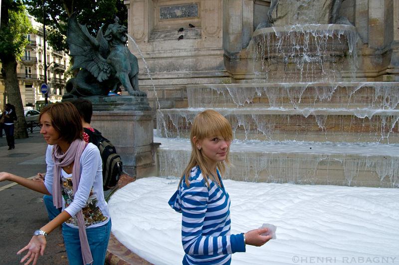 Fontaine Saint-Michel en mousse