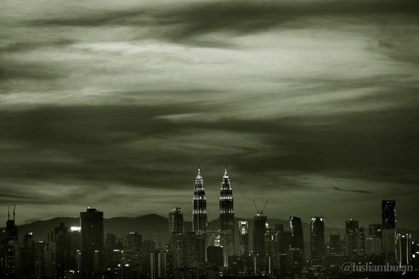 Kuala Lumpur in Mono