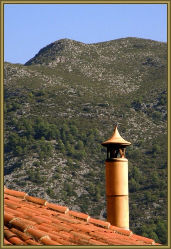 Chimney at The Mountain side