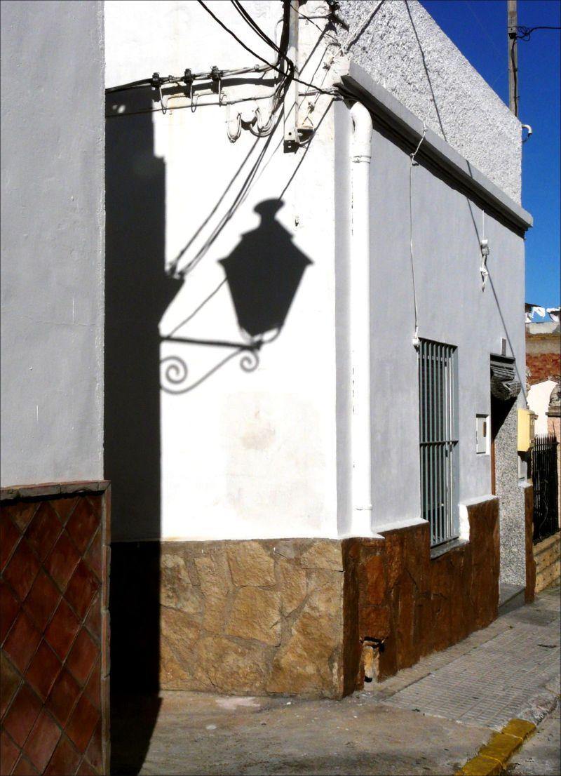 Street Light - Shadow