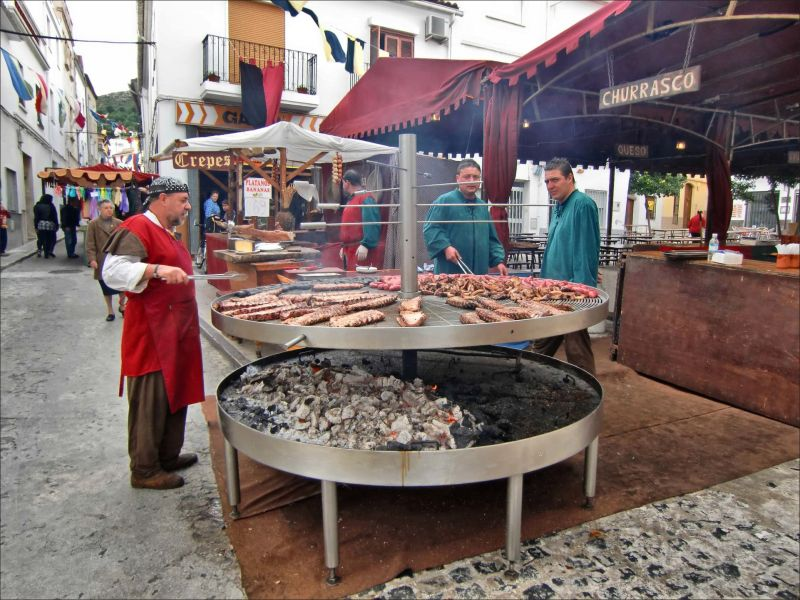 Medieval Fiesta In Oliva 1 Big Bbq Food Amp Cuisine