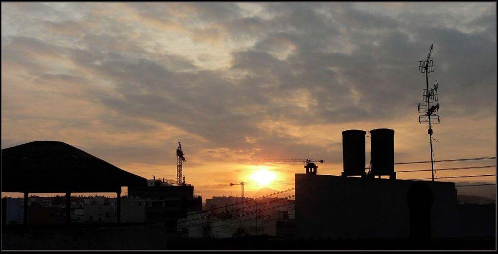 The Day Break of Oliva Town