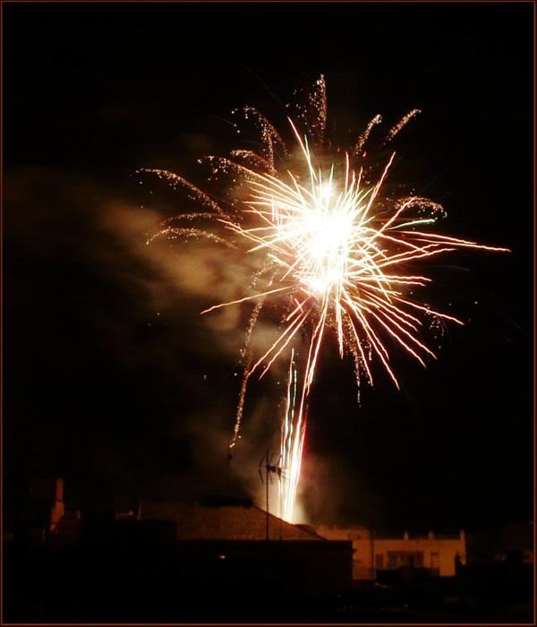Fireworks El día final de Las Fallas en Oliva