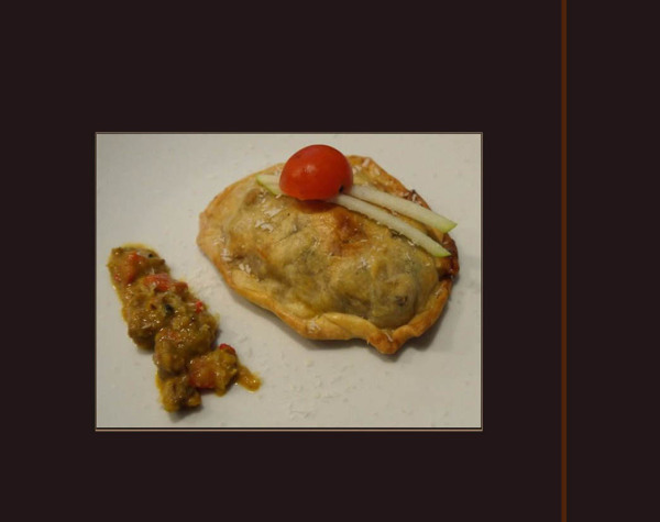 Montaditos  -  Curry Puff Pastry