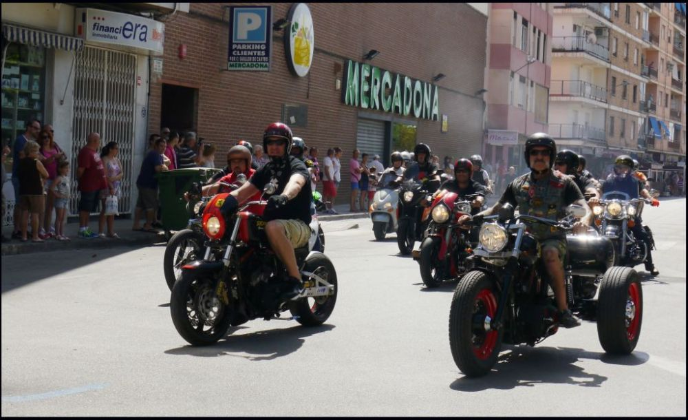 Motor Show in Oliva Town