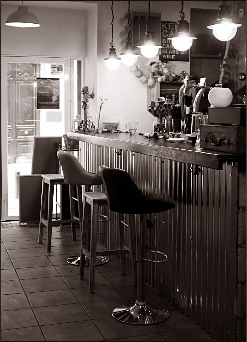 Spanish Café Counter