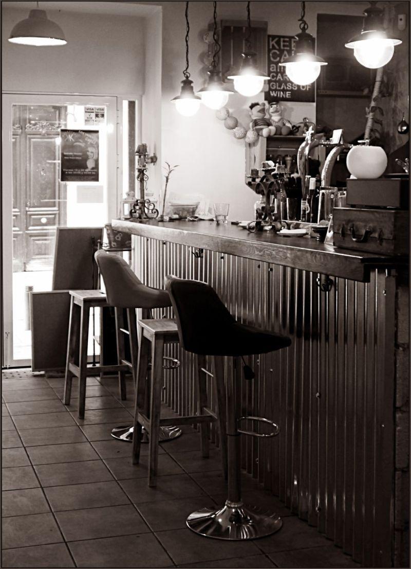Spanish Café Counter