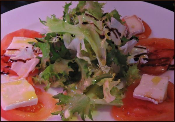 Curly Endive Salad with Tomatoes & Brie