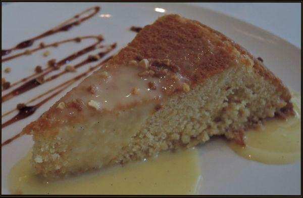 Tarta de Almendras con la Crème Anglaise