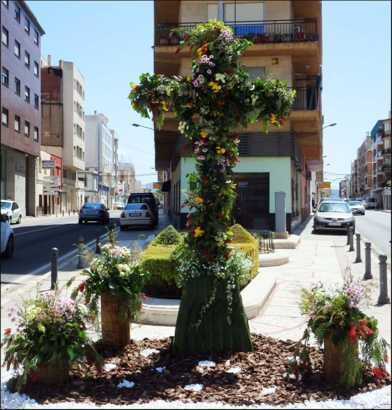 Cruz de Mayo en Oliva