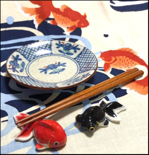 Goldfish Chopstick Rest