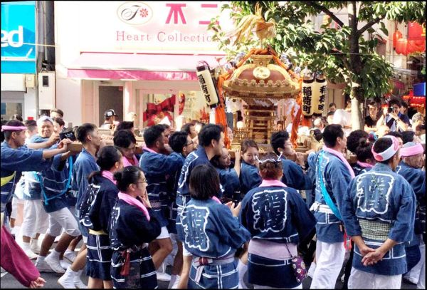 Kichijoji Autumn Festival Shrine-owned Mikoshi