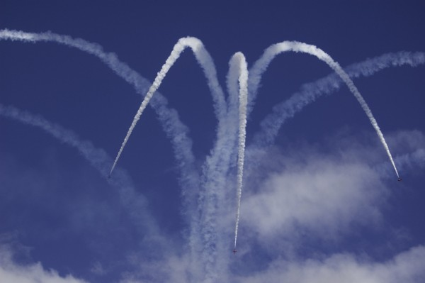 Another shot of the Red Arrows Stunt Team.