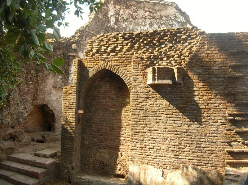 The ruins of Mandu fort