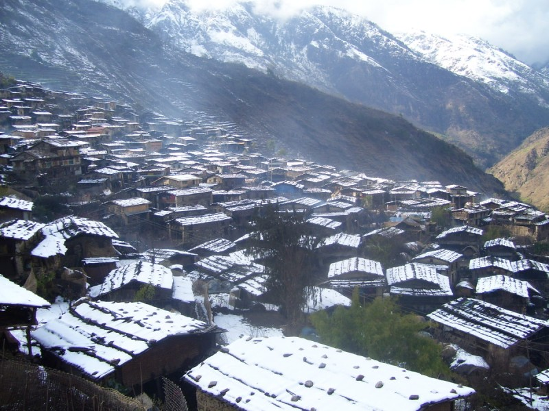 SnowFall In Manang