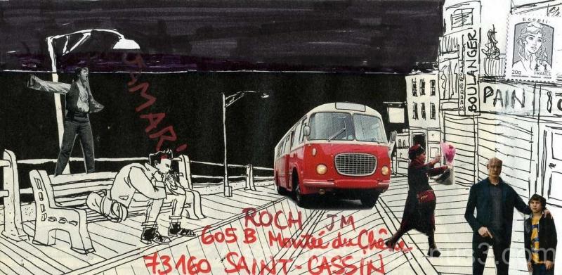 Un bus rouge dans la nuit de la rue...