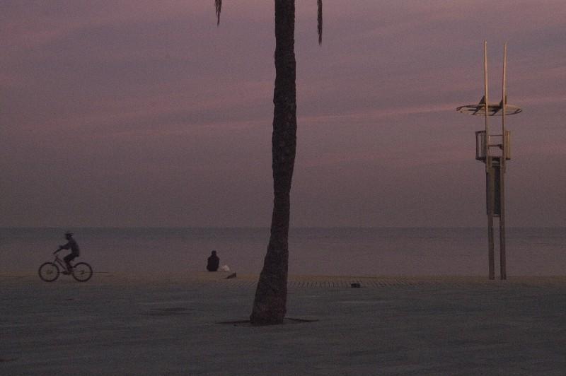 DUSK BARCELONA BEACH