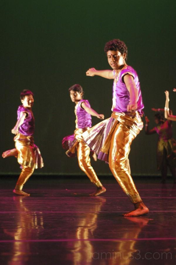 Dance: Barso Re (3)