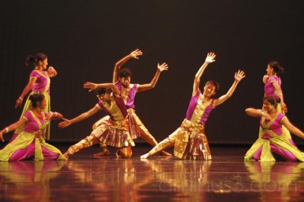Dance: Barso Re (Finale)