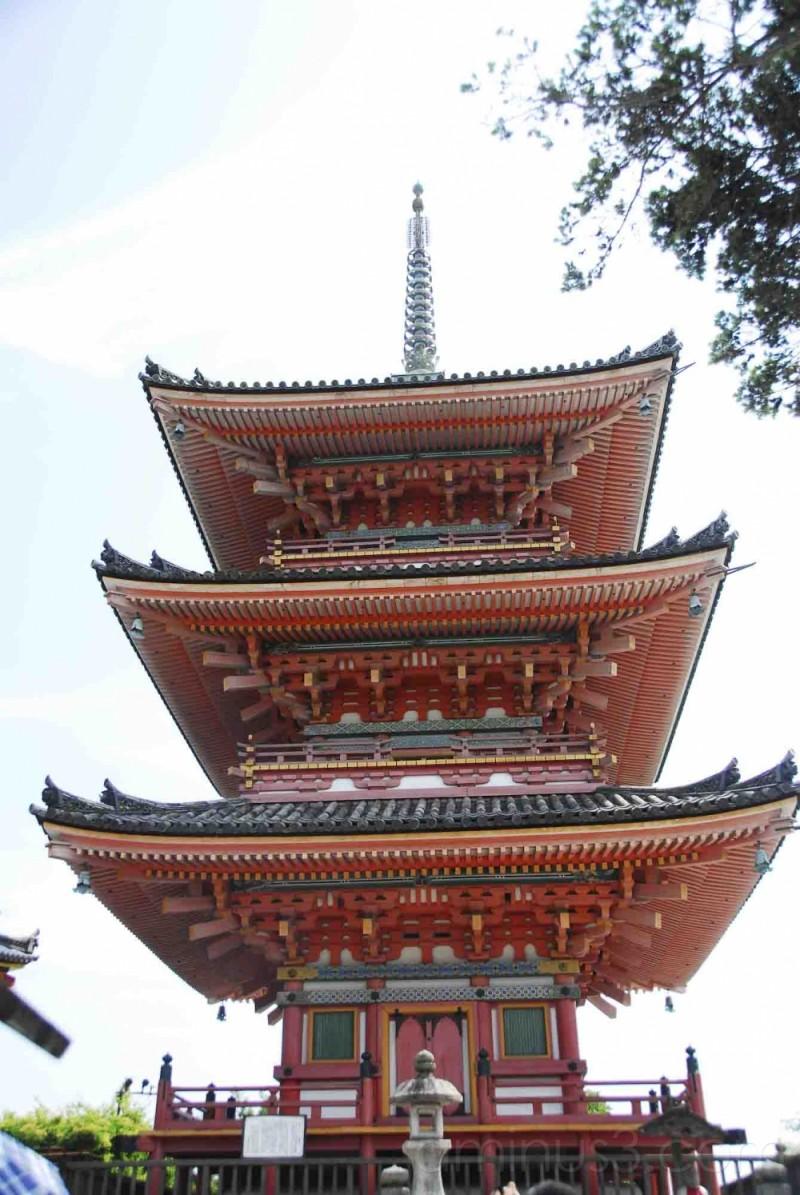 Kiyomizu Temple (清水寺)
