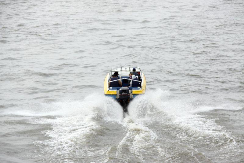 قایق موتوری