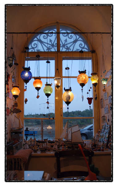 window sea lamps lights