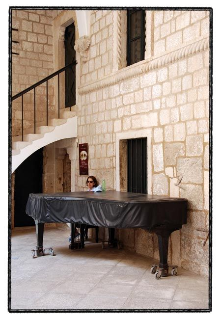 dubrovnik series / the lady & the covered piano