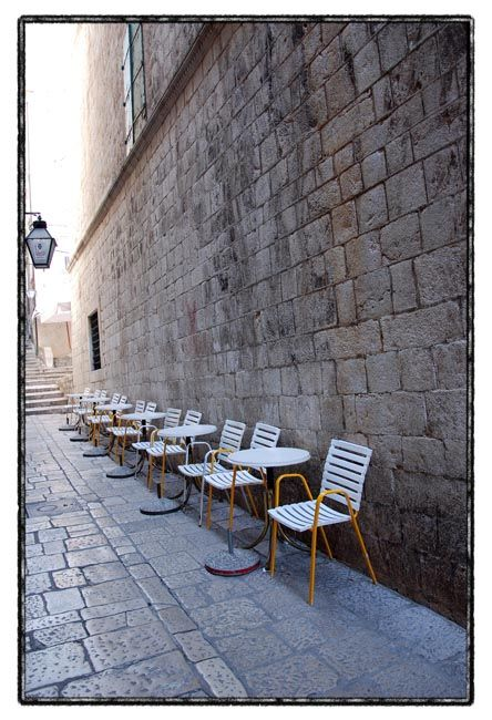dubrovnik series / coffee place