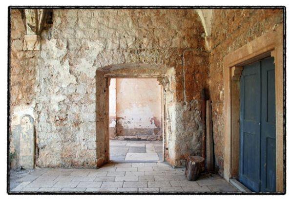 dubrovnik series / old monastery II