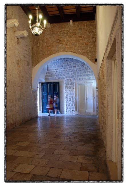 dubrovnik series / interior I