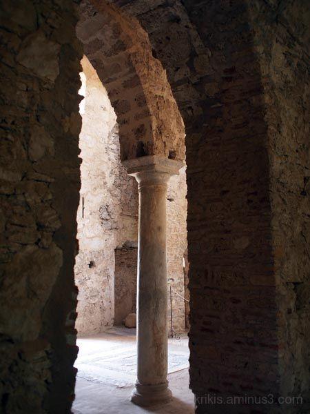 byzantine church interior 4