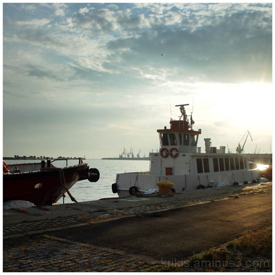 thessaloniki harbour 5