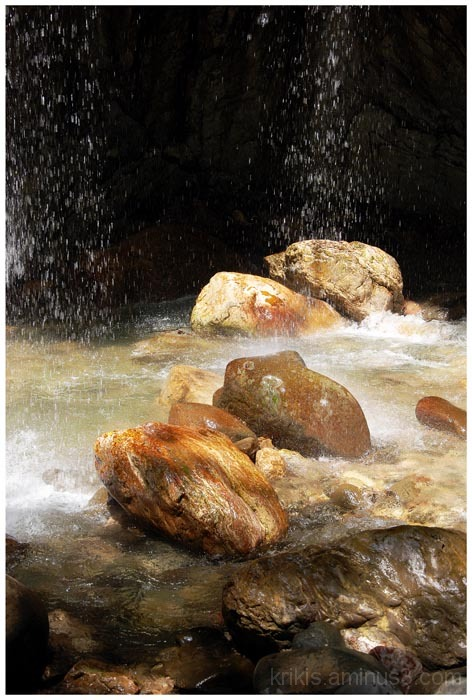 "the ""always raining"" gorge  6"