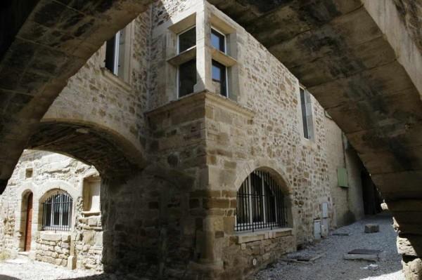 Grillon Provence (France)