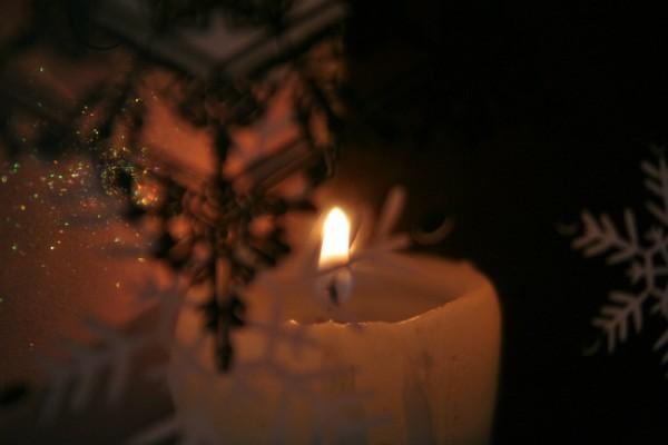 cangle glow christmas card