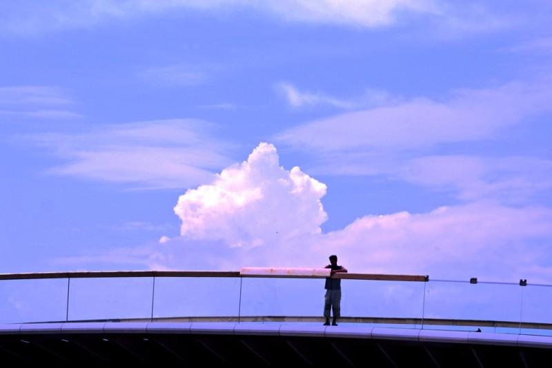 guy on the bridge in Venice