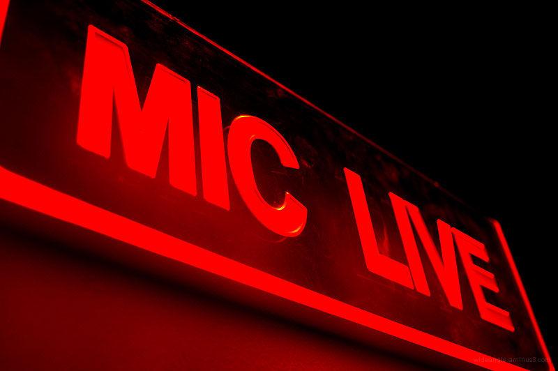 mic live