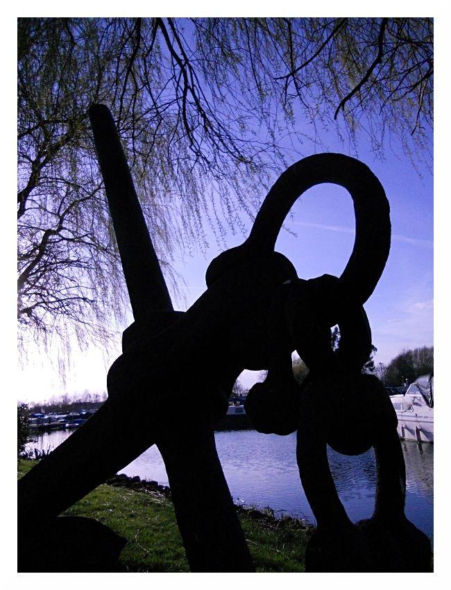marina anchor sillhouette
