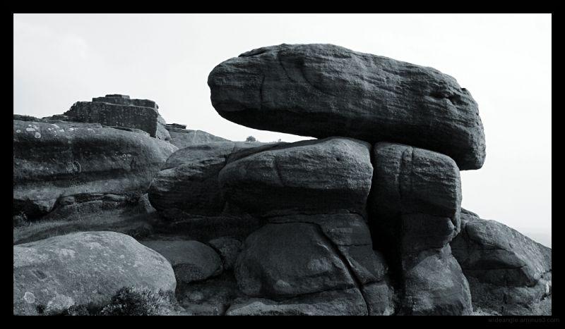 big rocks boulders crags derbyshire