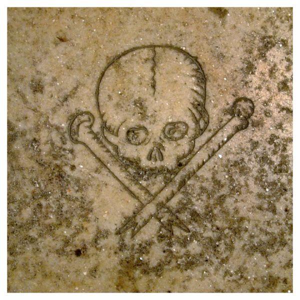 skull crossbones medieval pirate seville